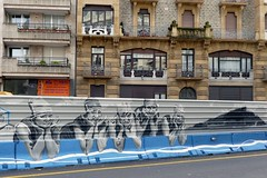 DEN-XL (Thethe35400) Tags: artderue arteurbano arturbain arturbà arteurbana calle fresque grafit grafite grafiti graffiti graffitis graff mural murales muralisme plantilla pochoir stencil streetart schablone stampino tag urbanart wall bain baigneuse baigneuses donostia