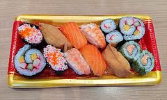 Sushi and Maki Set (Nikita Hengbok) Tags: food cuisine meal japanesecuisine japanesefood sashimiandsushi sushiandmakiset