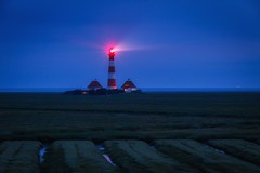 Westerhever Leuchtturm (Petra Runge) Tags: leuchtturm nordsee westerhever deutschland landschaft blauestunde blau lighthouse germany northsea landscape bluehour