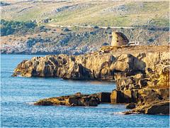 Torre di Porto Miggiano (Luc V. de Zeeuw) Tags: camper motorhome rv rocks torrediportomiggiano water santacesareaterme apulia italy