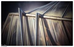 Das Glasdach / The glass roof (Reto Previtali) Tags: glass dach glas flickr digital zoom nah city stadt nikon bellinzona schweiz symetrie linien details detail technik industrie