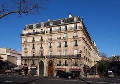 Beautiful Paris (Eric Rincker Fotografie) Tags: parijs paris stad city architectuur architecture sony sonyrx sonyrx10 sonyrx10m4 blue blauw cityphotography stadsfotografie building buildings gebouw gebouwen ngc