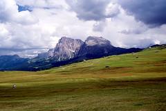 Alpe di Siusi (Filippo Prezioso) Tags: dolomiti trentinoaltoadige alpedisiusi seiseralm selvadivalgardena valgardena montagna turismo