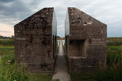 IMG_8631 (ewijk-fotografie.nl) Tags: bunker 599 bunker599 culemborg nederland netherlands dutch light painting lightpainting war oorlog warmonument monument