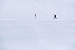 Hold (CoolMcFlash) Tags: snow winter hiking minimalistic minimalism minimalistisch simplicity white cold negativespace copyspace fujifilm xt2 dachstein austria österreich styria steiermark schnee wandern weis kalt fotografie photography