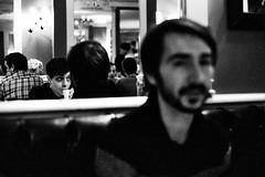 Café (Ludovic Macioszczyk Photography) Tags: café nikon f2 135 kodak tmax p3200 iso décembre 2019 © ludovic macioszczyk photomic portrait black white noir et blanc monochrome contrastes life light inside intérieur mm tag world monde earth asa film pellicule flickr argentique analog lumière grain 35mm photography négatif nikkor 50mm 14 france slr photo photographie 24x36