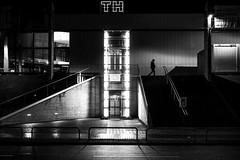 first floor (blende9komma6) Tags: hannover südstadt germany bw sw urban city street night light licht nacht people mensch first floor stockwerk gebäude architektur architecture aufzug elevator building nikon z6