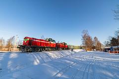 Freight train T3271 (Arttu Uusitalo) Tags: vr finnishrailways diesel locomotive dv12 finland freight train t3271 ostrobothnia kaskinen spring sunny morning snow wideangle blue sky canon eos 5d