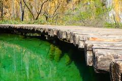 Croatia (lamboleykalou) Tags: croatia plitvicka jesera invitation bridge geen water eden paradise