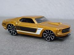 Hot Wheels Muscle Mania Series Gold 69 Ford Mustang (beetle2001cybergreen) Tags: hot wheels muscle mania series gold 69 ford mustang
