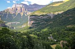 Ordesa (Martin Arcos.) Tags: ordesa huesca spain europe nikkor nikon d5100 nikonafs28mm18g 28mm landscape nature mountain pyrenees pirineo park parquenacional