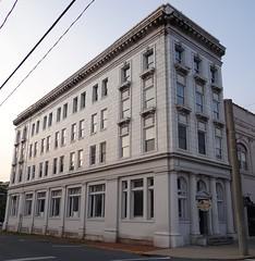 Covington Savings Bank Covington, VA (Seth Gaines) Tags: virginia covington bank