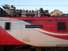 91109 nameplate. Newcastle (22/1/20) (*ECMLexpress*) Tags: lner london north eastern railway 225 class 91 91109 82230 newcastle central ecml nameplate