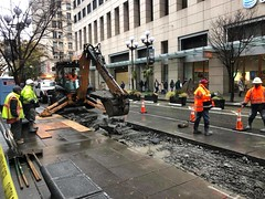 Weekend Jobs on Pike and 4th (Seattle Department of Transportation) Tags: alexsavini sdot seattledepartmentoftransportation construction road project pike 4th busonly tractor pavement
