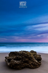 Impasible a las mareas (Andres Breijo http://andresbreijo.com) Tags: playa beach mar sea atardecer sunset anochecer colores cielo sky nubes nublado cloudy conil cadiz andalucia españa spain