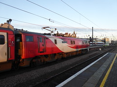 91109 at Newcastle (22/1/20) (*ECMLexpress*) Tags: lner london north eastern railway 225 class 91 91109 82230 newcastle central ecml