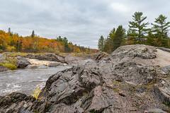 Moon Rocks (Greg Riekens) Tags: autumn usa rocks fallcolors jaycookestatepark river nikond500 scenic stlouisriver landscape fallleaves midwest fall statepark minnesota