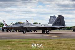 DGC_9668 (GLC Photo Press) Tags: d800 nikon airtattoo raffairford airshow stealth nikondslr atf accraptordemoteam usaf lockheedmartin boeing f22a raptor 090180 af09180 salutations