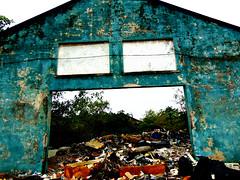 trash basura en Isleta Perez,Tampico (arielramos270) Tags: trash basura contaminacion tampico tamaulipas isleta perez hot mexico dirt place facetrash vomito sony