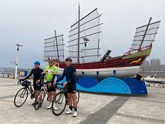 台北大稻埕碼頭.除夕一大早的約期 (nk@flickr) Tags: friend taipei cycling 台北 20200124 taiwan 台湾 bobby 台灣 阿中 iphone11probacktriplecamera425mmf18