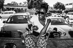 Alemany2017Jul 25.jpg (Dan Ryan's Works) Tags: africanamerican alemanyboulevard alemanyboulevardsf alemanyfleamarket sanfrancisco sanfranciscoca sanfranciscocalifornia sanfranciscostreetphotography sanfranciscostreetphotos blackandwhite blackandwhitephotography dogphotography dogphotos dogs monochrome monochromephotography streetlife streetphotography streetphotos