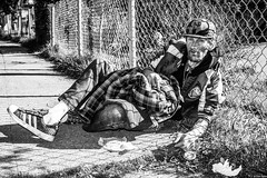 Alemany2018Jan 22.jpg (Dan Ryan's Works) Tags: alemanyboulevard alemanyboulevardsf alemanyfleamarket sanfrancisco sanfranciscoca sanfranciscocalifornia sanfranciscostreetphotography sanfranciscostreetphotos blackandwhite blackandwhitephotography homeless homelessness monochrome monochromephotography streetlife streetphotography streetphotos