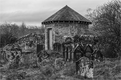 Churchyard Watch-house (Clive1945) Tags: callander d7100 graveyard mono bw scotland