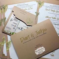 Wedding Invitation Diart & Fathin Tanya-tanya, atau info lebih lanjut hubungi : ☎ WA : 08561410064 Line : nikahgeh Desain bisa cek di 👉 http://bit.ly/2rnZvXk #nikahgeh #weddingserang #undanganserang #infoserang #undanganminimalis #guestbook #b (NikahGeh) Tags: instagram nikahgeh invitation