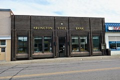 Arlington State Bank, Arlington, MN (Robby Virus) Tags: arlington minnesota mn state bank building architecture sign signage clock