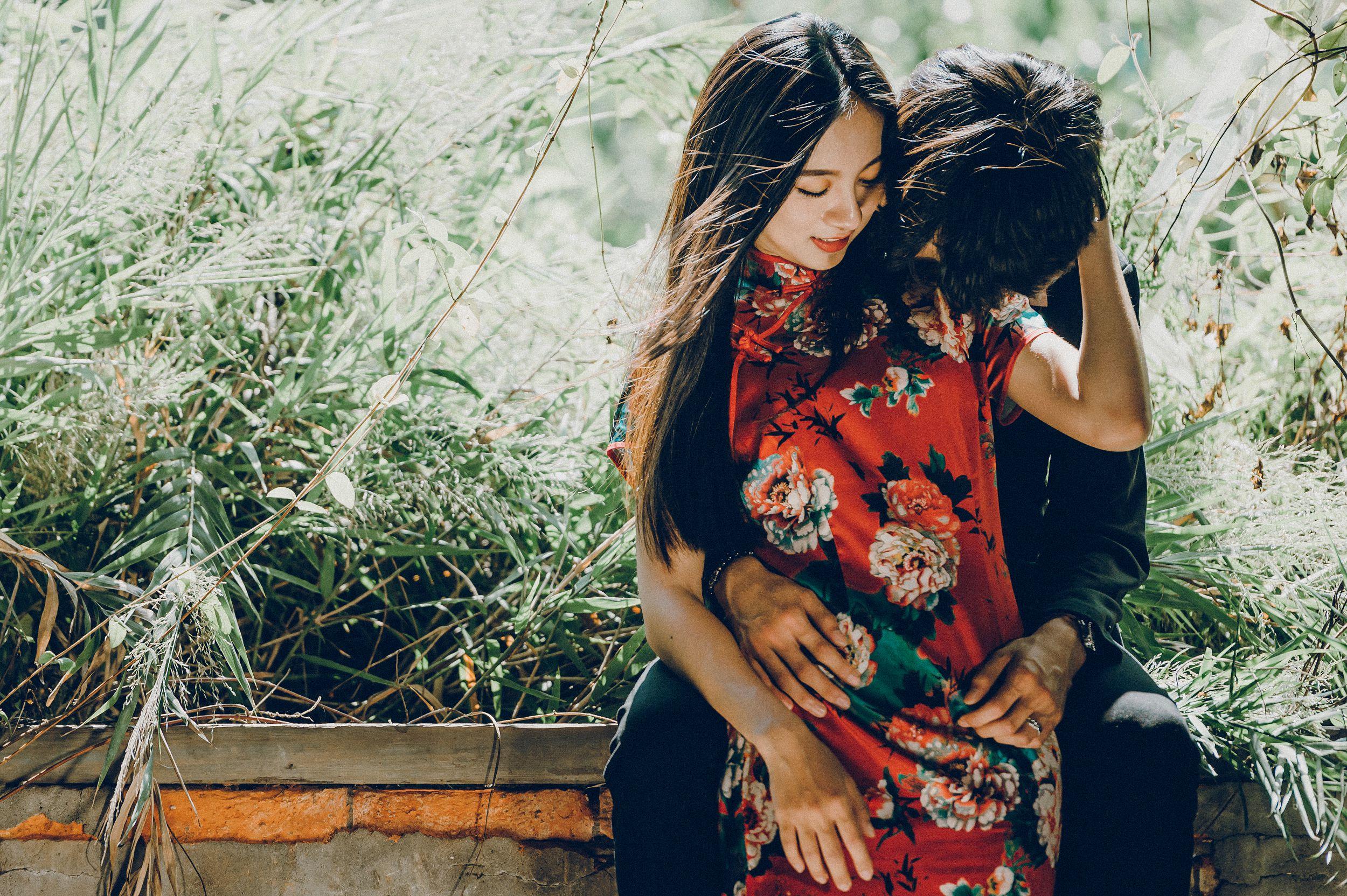 游阿三,自助婚紗,七顆梨西服,七顆梨旗袍,帕米絲婚紗工作室,廢墟,新竹,海邊,沙灘,小花園造型,自然清新,美式風格,自然互動,禮服穿搭,婚攝,台北婚紗,