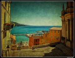 Menton_Provence-Alpes-Côte d'Azur_France (ferdahejl) Tags: menton provencealpescôtedazur france dslr canondslr