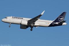 D-AINU (Baz Aviation Photo's) Tags: dainu airbus a320271n lufthansa hof heathrow runway 27l lh2472 dlh lh egll lhr
