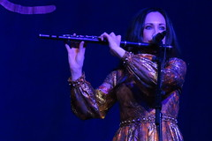 A Celebration of Women in Piping (2020) 05 -  Louise Mulcahy (KM's Live Music shots) Tags: folkmusic ireland irishfolk scottishfolk acelebrationofwomeninpiping louisemulcahy woodenflute flute celticconnections royalconcerthall