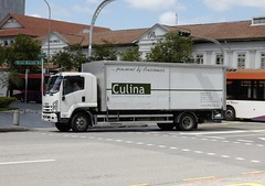 Culina (l16812) Tags: foodbeverage lorry singapore