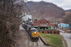 Creech (Peyton Gupton) Tags: csx store kentucky ky sub mary company helen coal appalachia cv creech csxt coalgood
