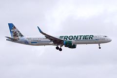 A321.N717FR (Airliners) Tags: frontier frontierairlines 321 a321 a321211 airbus airbus321 airbusa321 airbusa321211 wolf wolves lunalillythewolves mia n717fr 123019