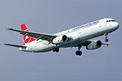 TC-JRH  A321-231  Turkish Estambul Atatürk 22-10-16 (Antonio Doblado) Tags: tcjrh a321 321 airbus turkish estambul atatürk aviacion aviation aircraft airplane airliner