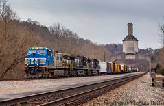 4000 leading NS 16T. Vicker, Va. (danieljg241) Tags: ns4000 vickervirginia canon6d clouds ns16t coalingtower manifest freighttrain ac44c6m christiansburgdistrict