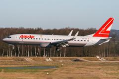 OE-LNQ (PlanePixNase) Tags: aircraft airport planespotting haj eddv hannover langenhagen plane lauda boeing b738 737 737800
