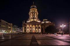 Berlin: Deutscher Dom (martintimmann) Tags: architecture e loxia2128 loxia carlzeiss zeiss nacht availablelight longexposure gendarmenmarkt night berlin