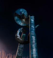 skygate- rodger barr 1985 (pbo31) Tags: sanfrancisco california nikon d810 night dark city black january 2020 boury pbo31 winter color art sculpture pier39 fishermanswharf
