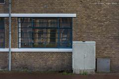 Rijksstraatweg, Deventer (Ivan van Nek) Tags: laboratoriumplein rijksstraatweg deventer architektur architectuur architecture wall bricks window fenster fenêtre raam overijssel nederland thenetherlands paysbas dieniederlande doorsandwindows ramenendeuren nikon nikond7200 d7200 sigma1770