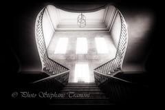 Windows and light (steff808) Tags: ajaccio corsedusud france nikond750 samyang14mm noiretblanc blackandwhite blancoynegro bw biancoenero escaleras stairs escaliers staircase