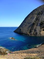 Calanque de Cassis (FloDL) Tags: cassis calanque mer méditerranée promenade rocher baignade bleu paysage sea mediterranean creek landscape bathing walk laciotat marseille paca tourisme