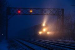 Snow Accumulation (BravoDelta1999) Tags: metra metx unionpacific up railroad chicagoandnorthwestern cnw railway northwestline upnw edisonpark chicago illinois emd f40ph f40ph2 152 train 627 signal bridge harvardsubdivision