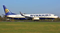 EI-DHG (AnDyMHoLdEn) Tags: ryanair 737 egcc airport manchester manchesterairport 05r