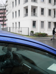 Wenig Rot. / 22.01.2020 (ben.kaden) Tags: berlin schöneberg elselaskerschülerstrase wenigrot streetphotography 2020 22012020