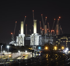Battersea Cranes (Illogical_images) Tags: illogicalimages night longexposure sony a7r fe24105 london