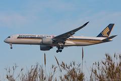 Singapore Airlines A350-941 9V-SMN (José M. Deza) Tags: 20180225 9vsmn a350941 airbus bcn elprat lebl planespotting singaporeairlines spotter aircraft