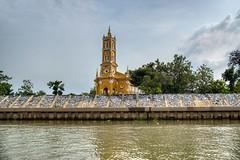 St. Joseph's Church by the Chao Phraya river in Ayutthaya, Thailand (UweBKK (α 77 on )) Tags: ayutthaya province thailand southeast asia sony alpha 77 slt dslr chao phraya river water flow stream saint joseph church catholic